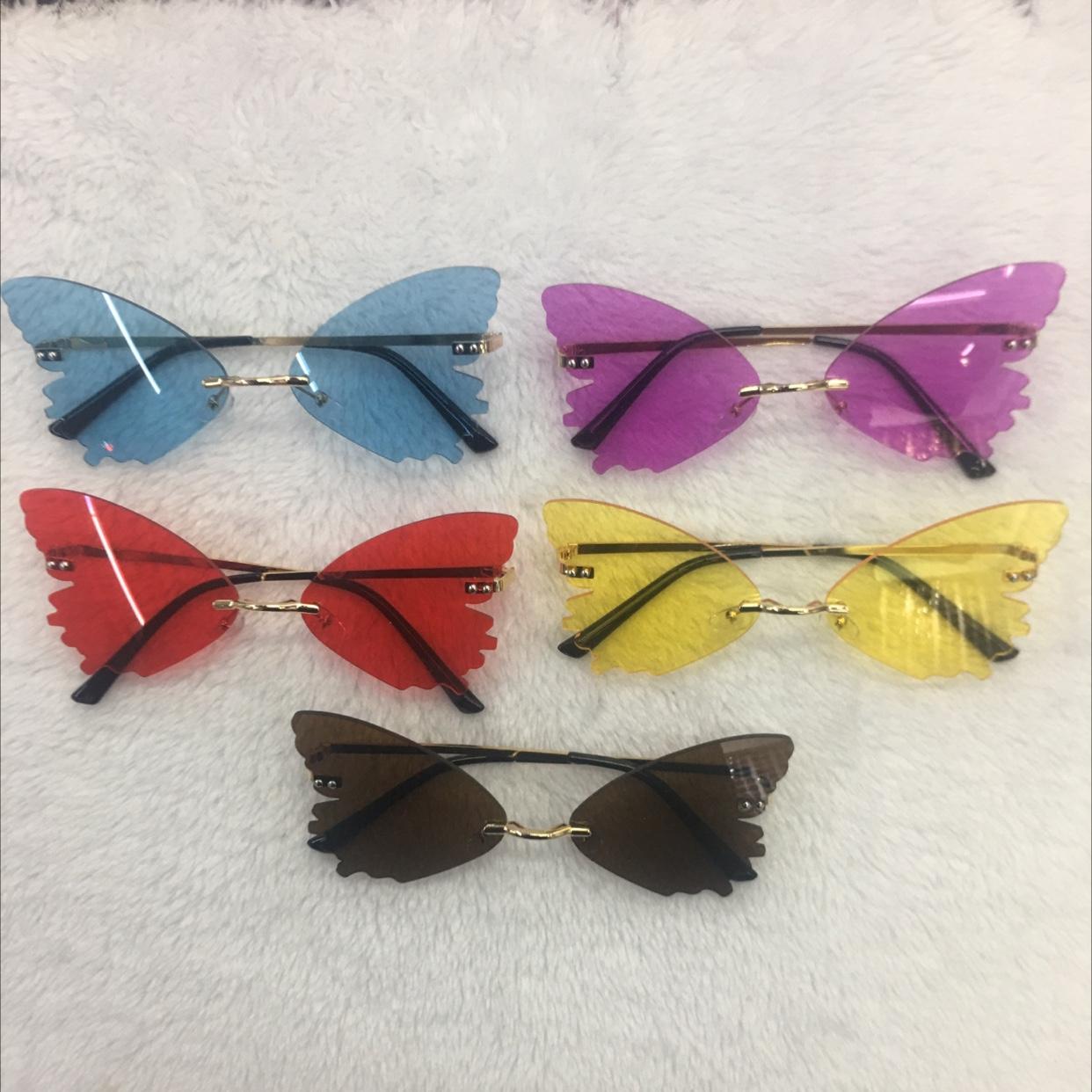 时尚潮流蝴蝶款女士太阳眼镜