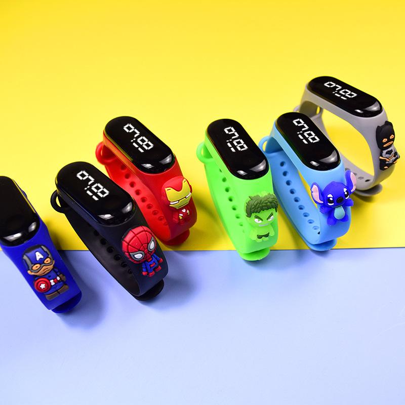 热销LED手表,卡通表,儿童表,小孩手表,电子表,礼品表,学生表