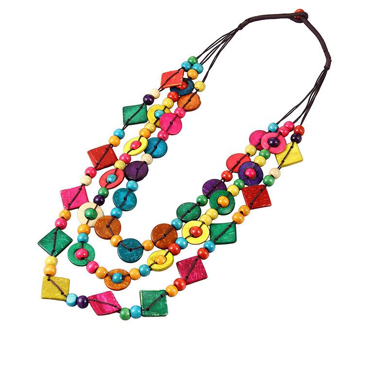 新款时尚彩色椰壳中长款项链 彩色椰壳木珠编织项链