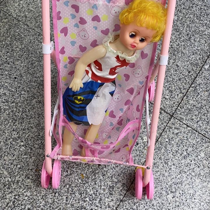7832带娃娃