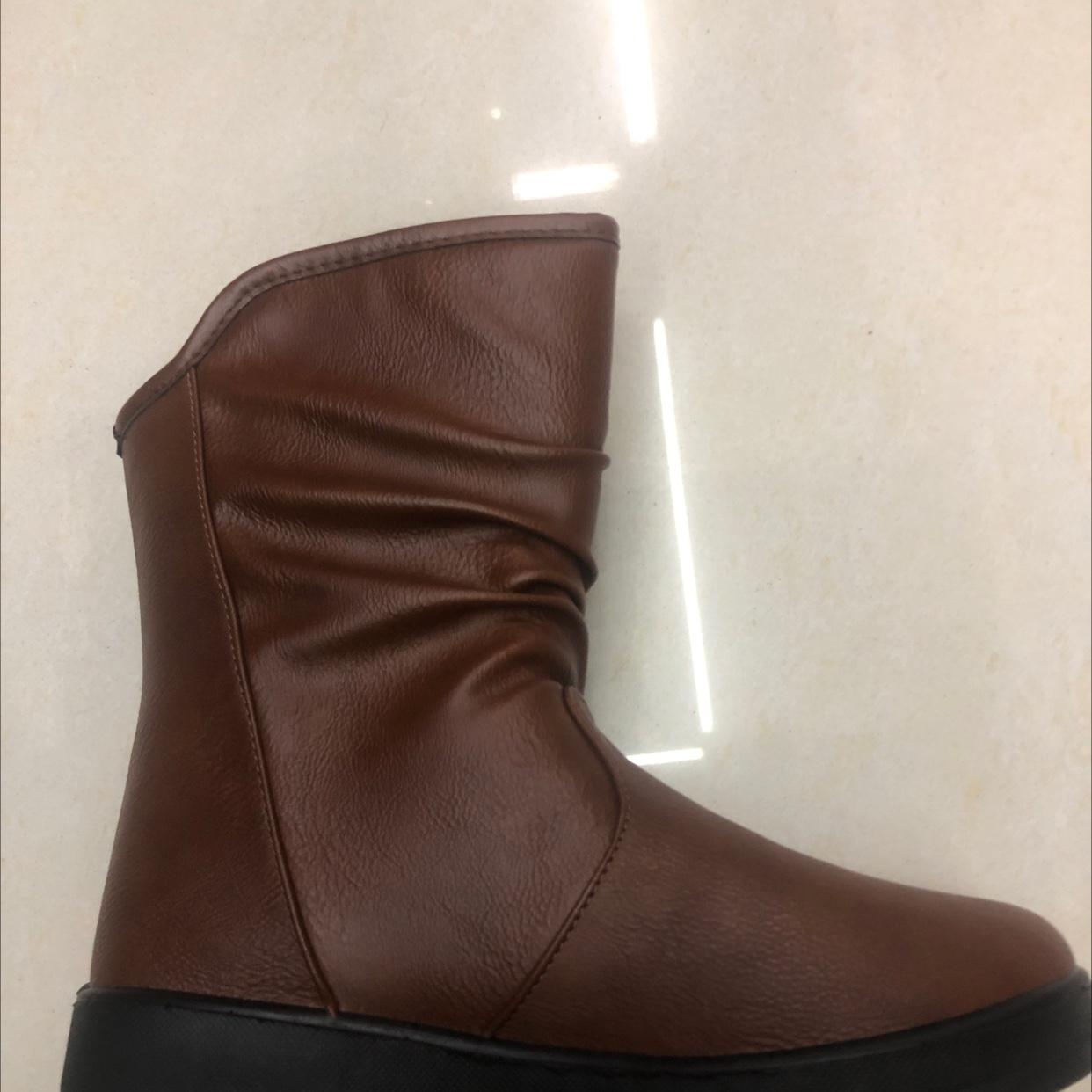 2021靴子