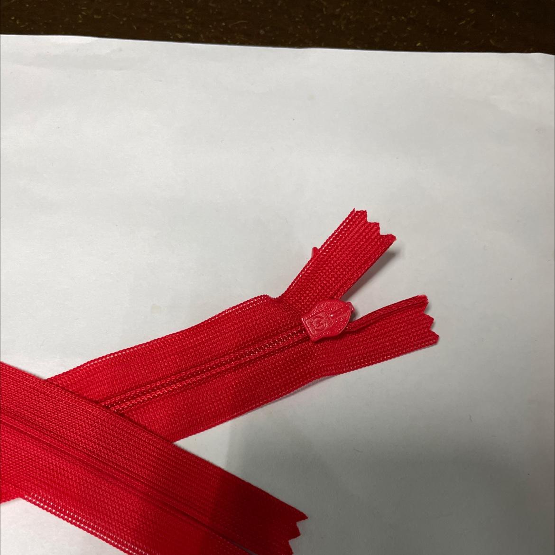 3号大红色真丝隐形60cm拉链