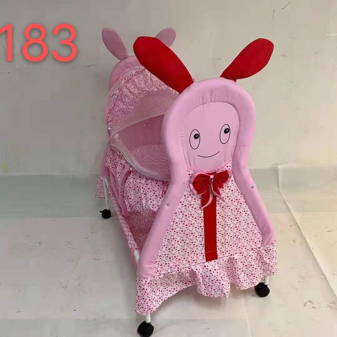 183婴儿床
