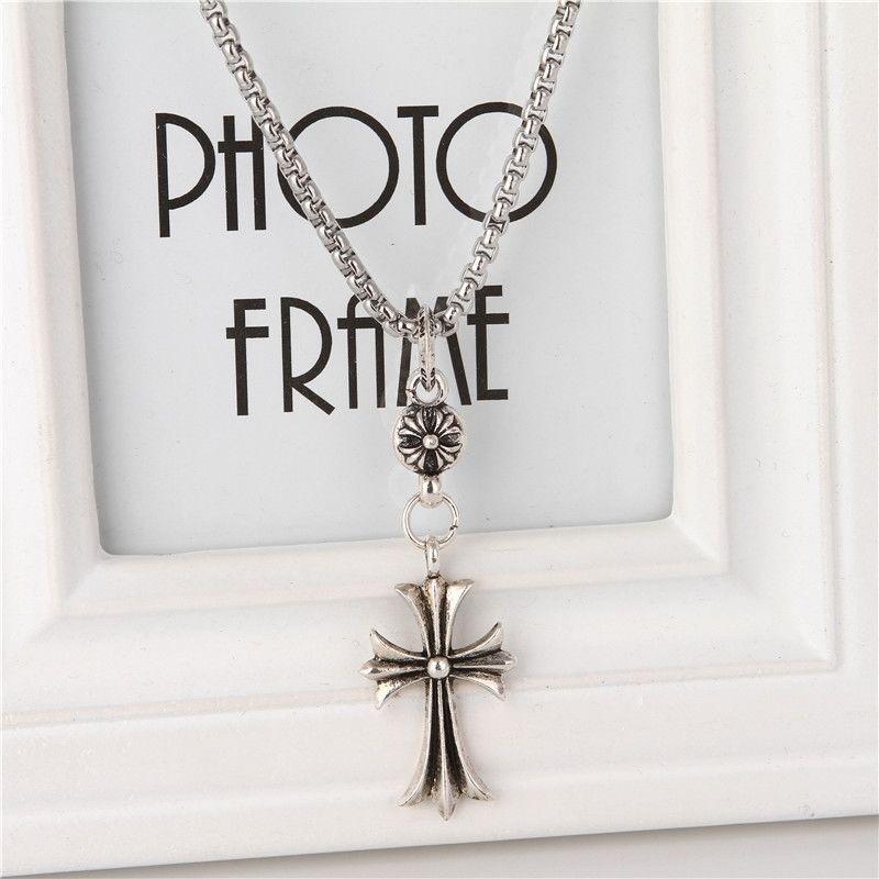 权志龙同款克罗星复古欧美项链十字架百搭毛衣链男女生日礼物
