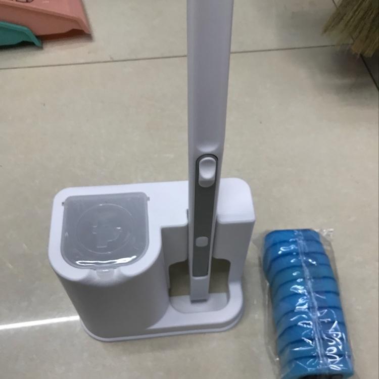 自带清洁液严防粪口转播吸水清洁马桶刷