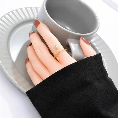 成隆首饰轻奢高级感戒指女小众设计精致网红食指戒时尚个性ins潮开口指环CL01320-30