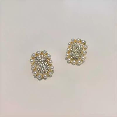 时尚珍珠满钻网红个性甜美冷淡风精奢耳钉