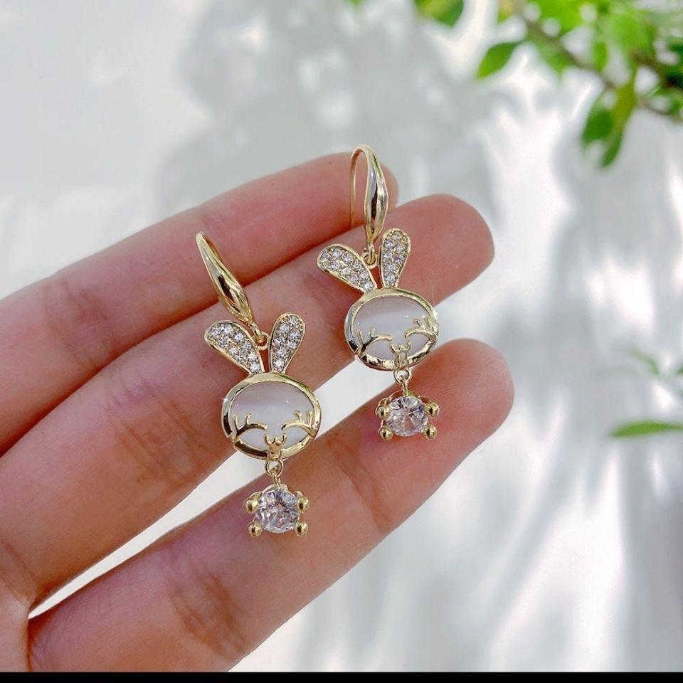 高级感可爱小兔子耳环女韩国气质小众设计感耳钩2021年新款潮耳饰