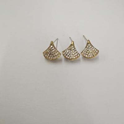 微镶铸铜扇形耳钉银针