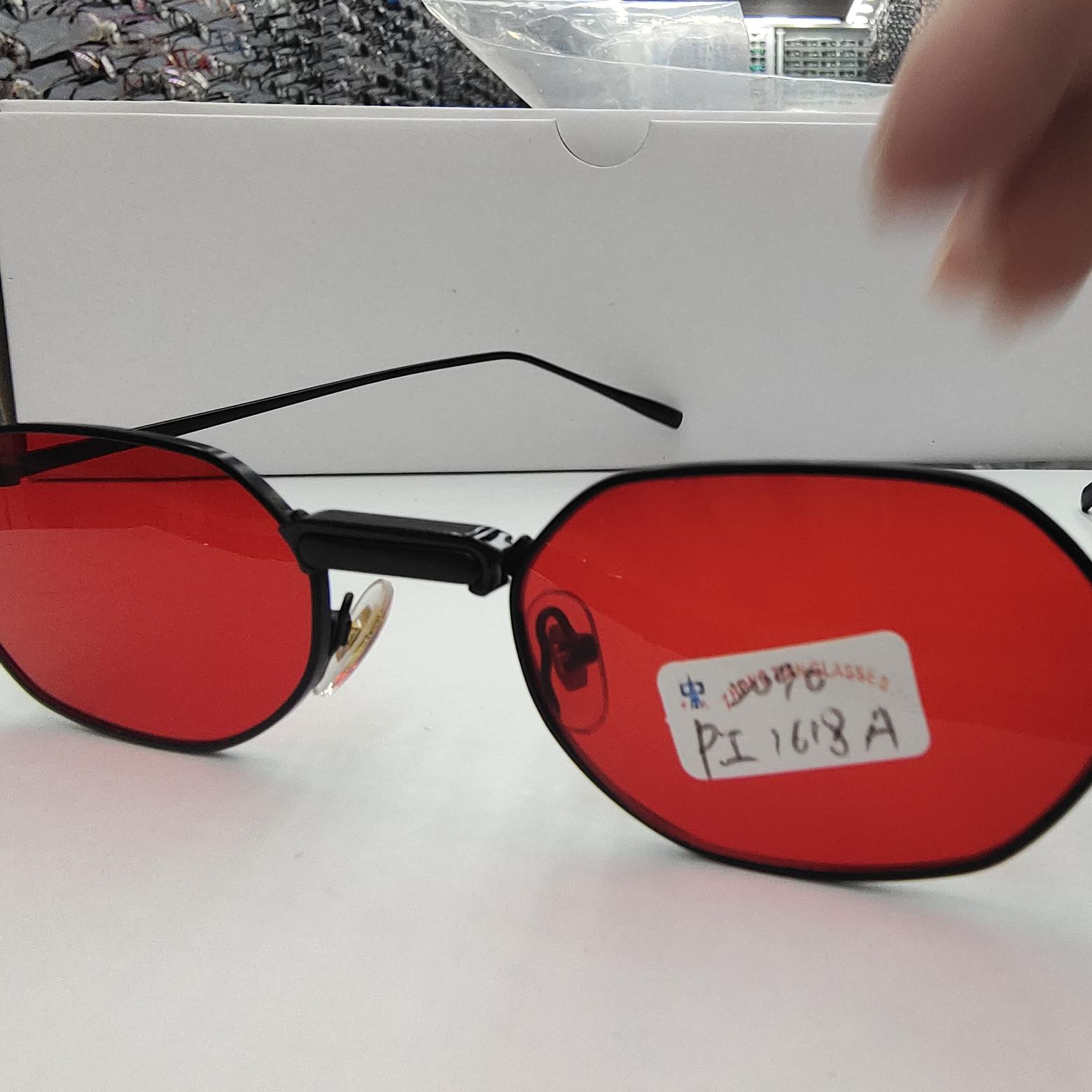 跨境新款潮流时尚有个性的金属太阳镜女士1618A