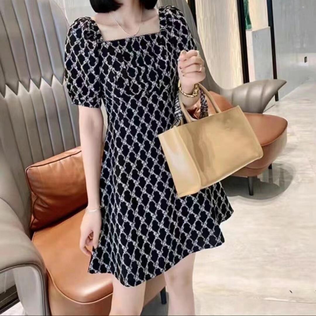 21新款时尚女装韩版气质高雅连衣裙