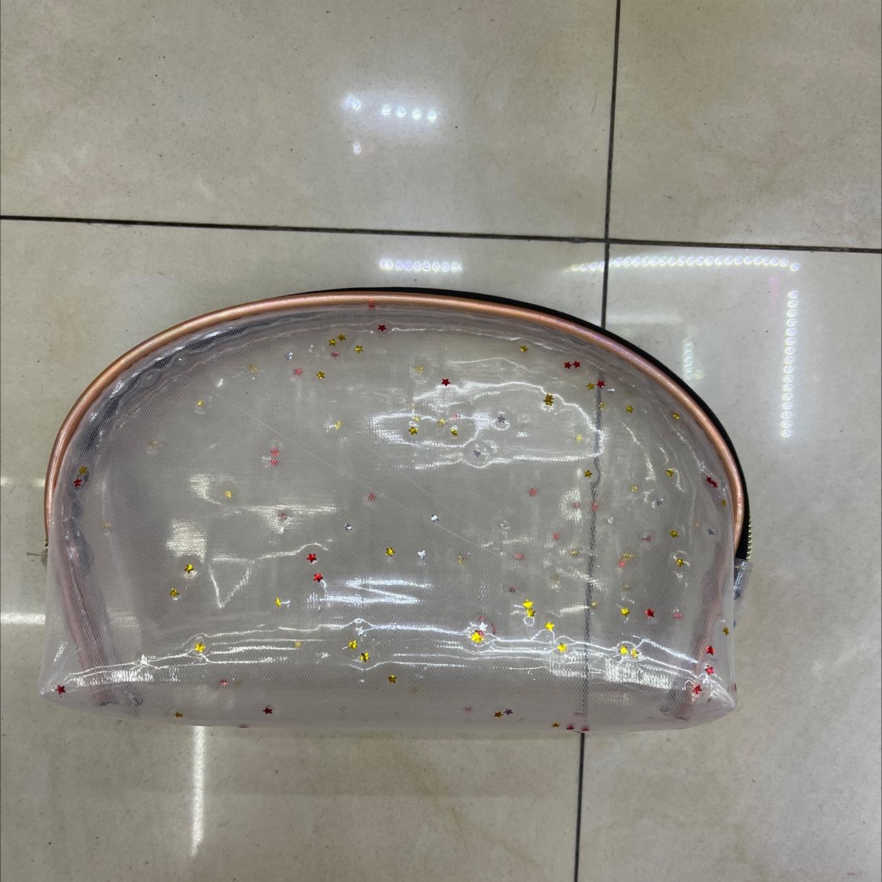 透明TPU化妆包五角星半圆包