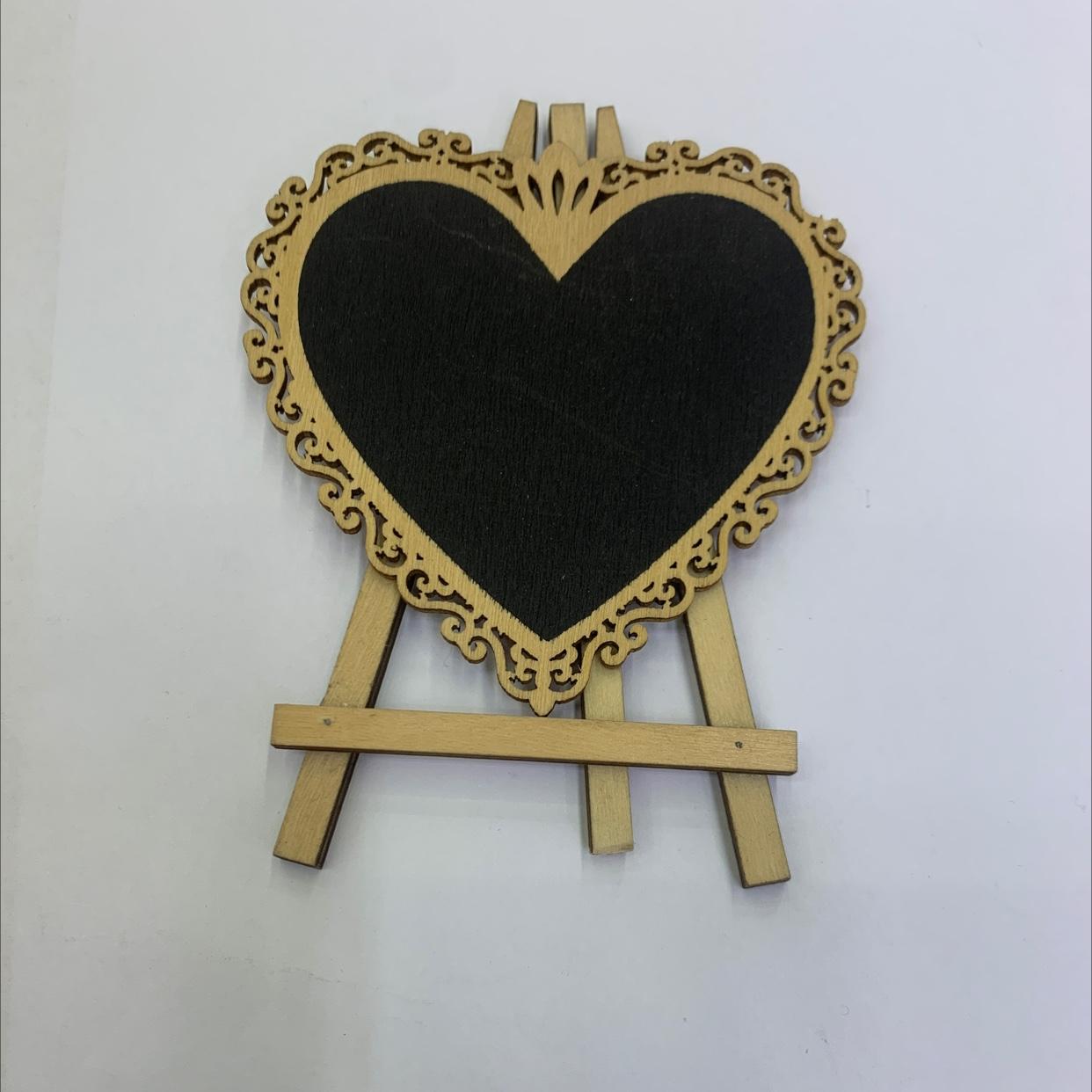 爱心形状 三脚架 留言板 木制 装饰摆件 99