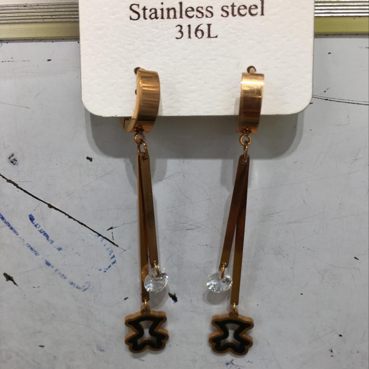 锆石不锈钢太钢316耳环耳钉源头厂家直供批发快手直播抖音首选。