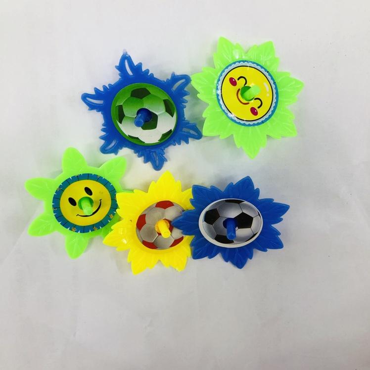 义乌宏彦玩具批发儿童花足球陀螺幼儿园小礼品赠送学校周边热卖