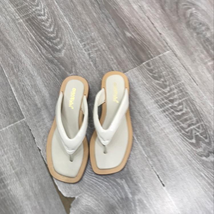 新款夹脚拖女款凉鞋一字拖脚感舒适女鞋