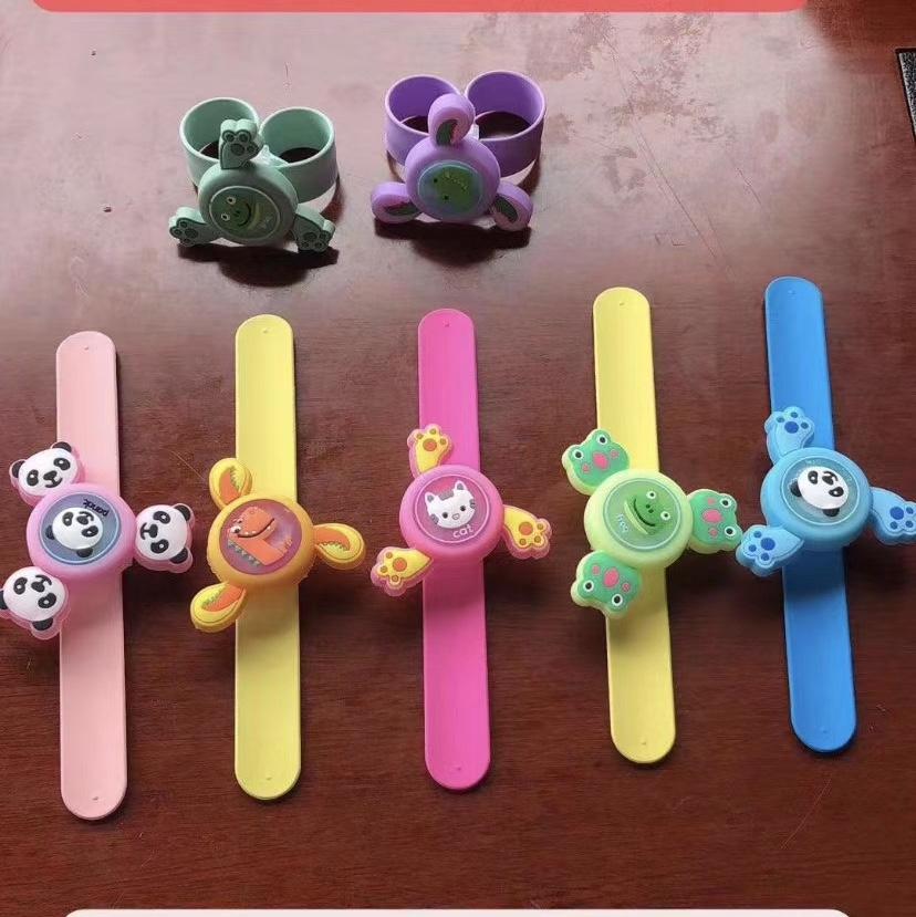 艳灿玩具陀螺发光驱蚊啪啪圈手环一件360个