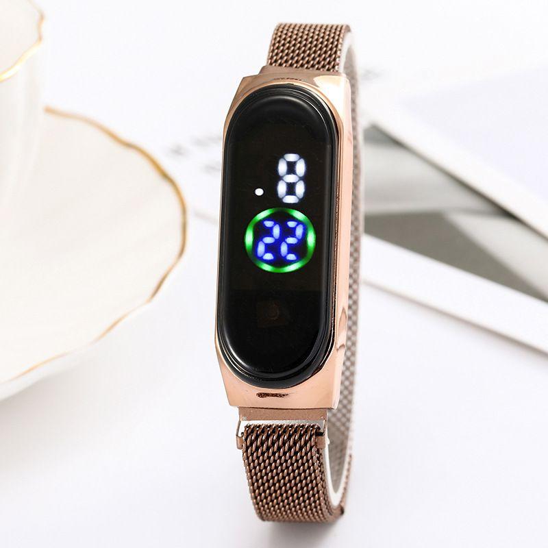 新款吸铁石米兰带LED智能电子表 彩色数字显示运动手表