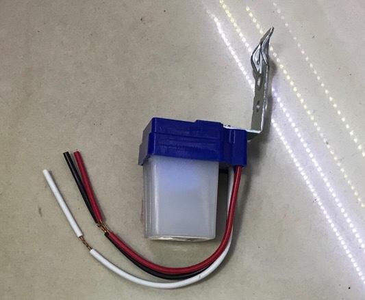 路灯感应器 10A