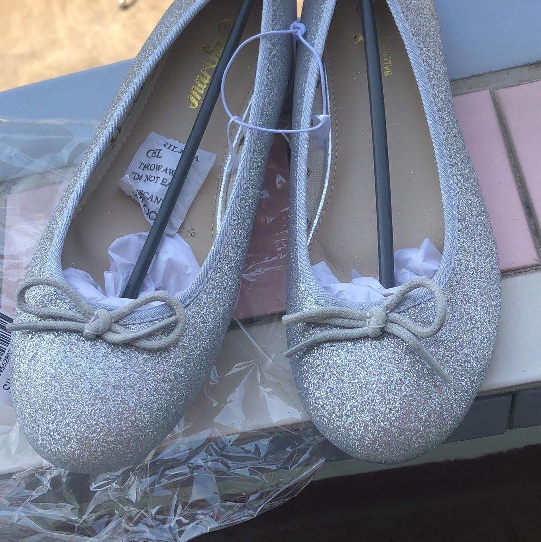 万利外贸鞋业,外贸批发物美价廉女简约色圆头单鞋时尚简约百搭经典款童