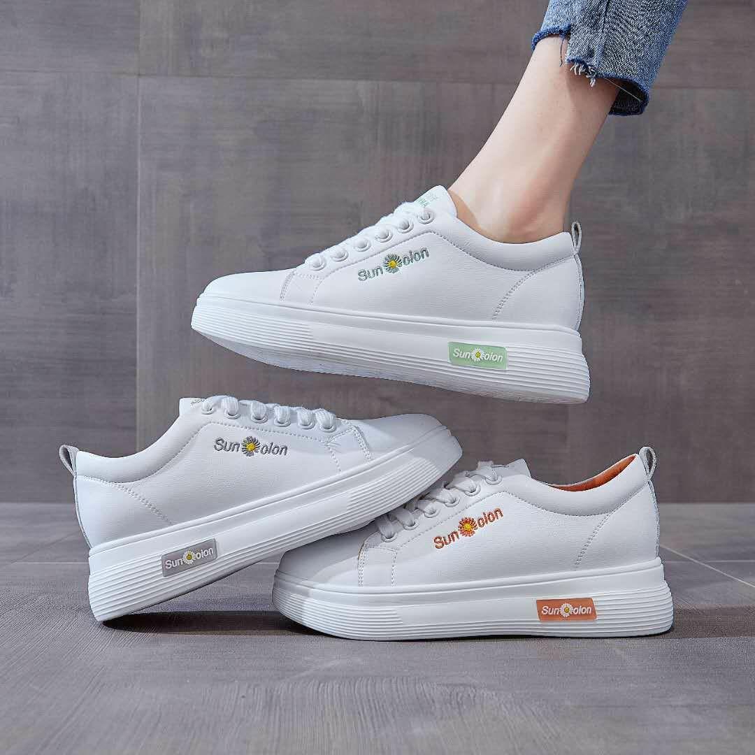时尚小白鞋