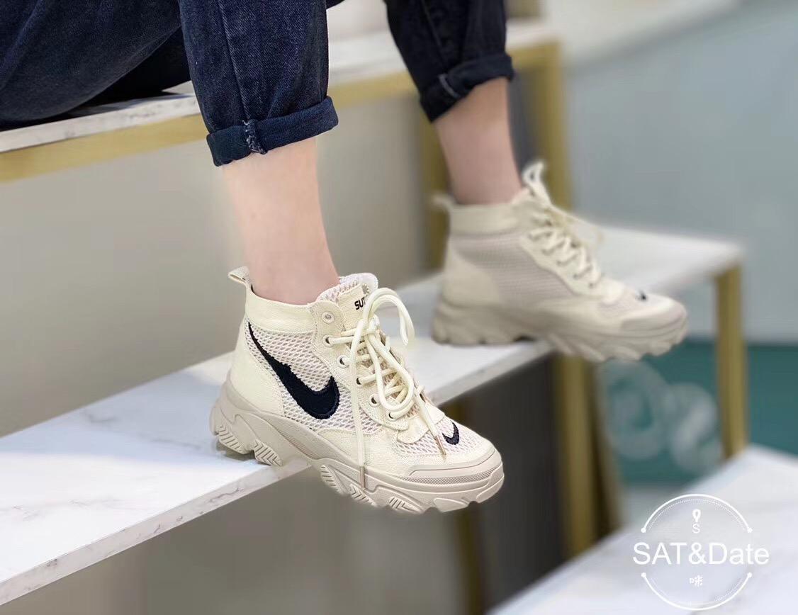 休闲马丁靴新款百搭网红超火高帮帆布鞋子女