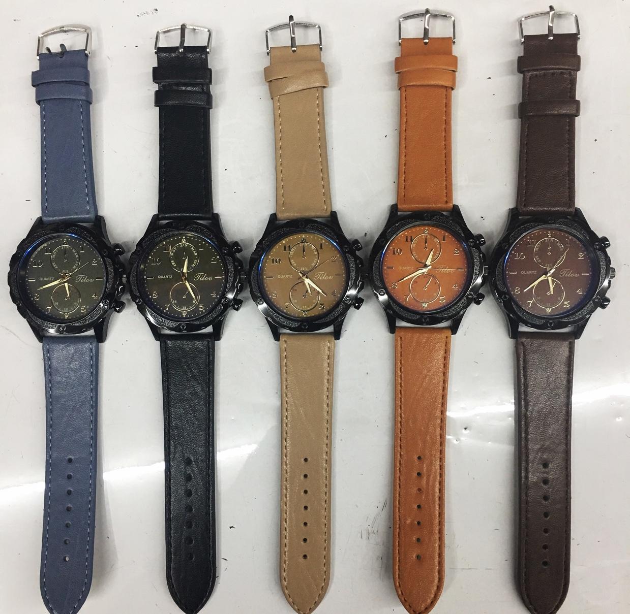 新款韩版时尚潮流休闲男士皮表带手表