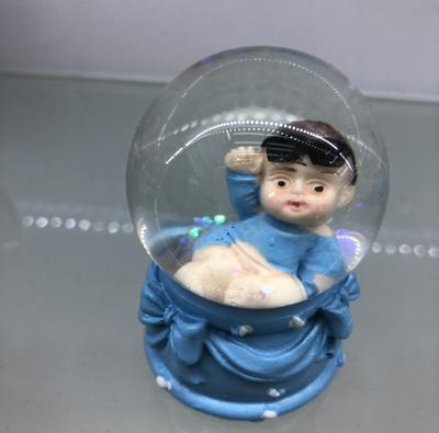 工艺品水球小男孩4