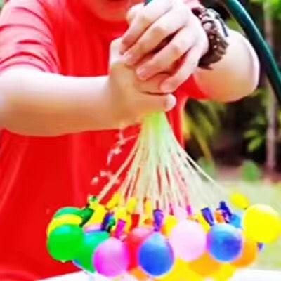 夏天打水仗神奇水球快速注水