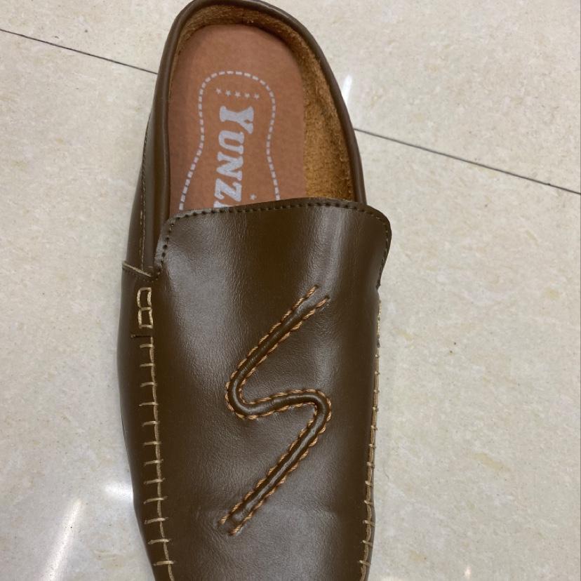时尚男款皮拖鞋