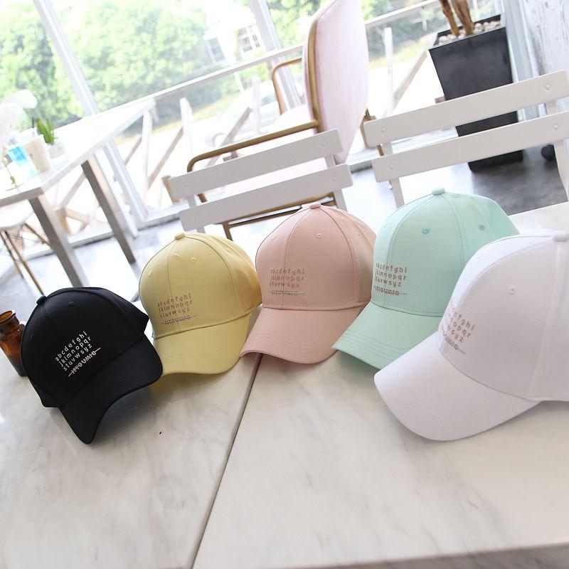 2020年帽子秋季新款女士遮阳帽韩版显脸小糖果色字母棒球帽