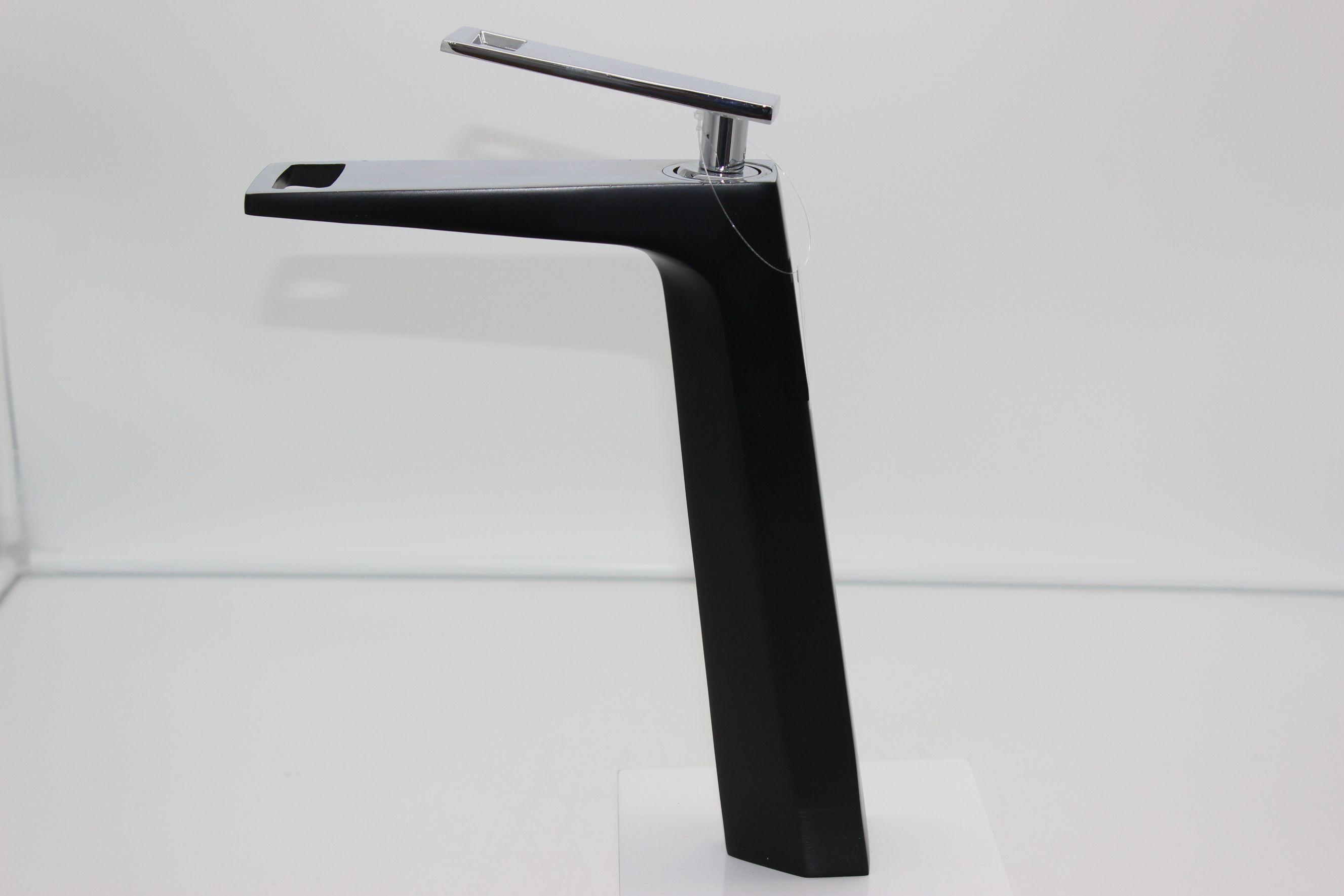 烤漆单孔浴室卫生间水龙头