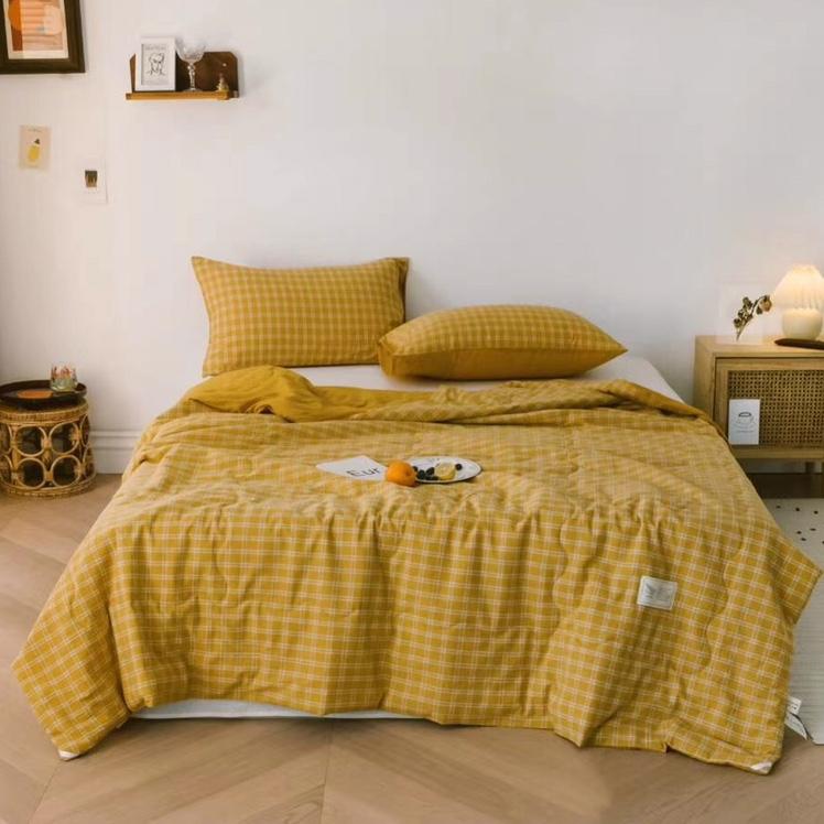 日式纯棉简约格子空调被/可机洗夏被 黄格