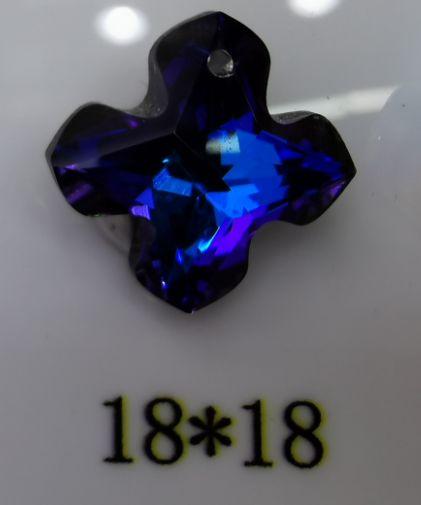 义乌尚莉水晶K9,18*18十字架吊坠韩版17号门5545档网红爆款简约风