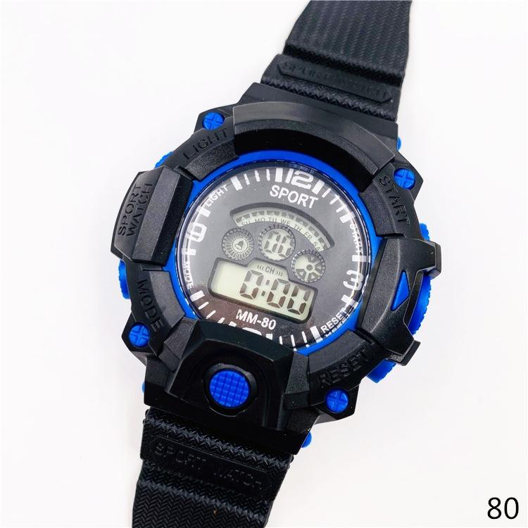 儿童运动手表80放水手表LED七彩灯手表跨境爆款手表