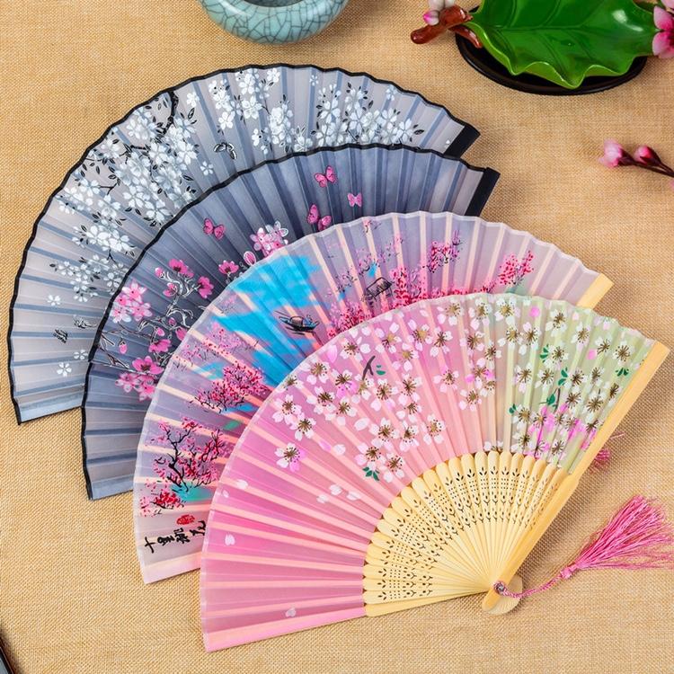 工厂直销工艺礼品扇绢扇折扇  中国风折扇定制丝绸一笑扇热卖折扇