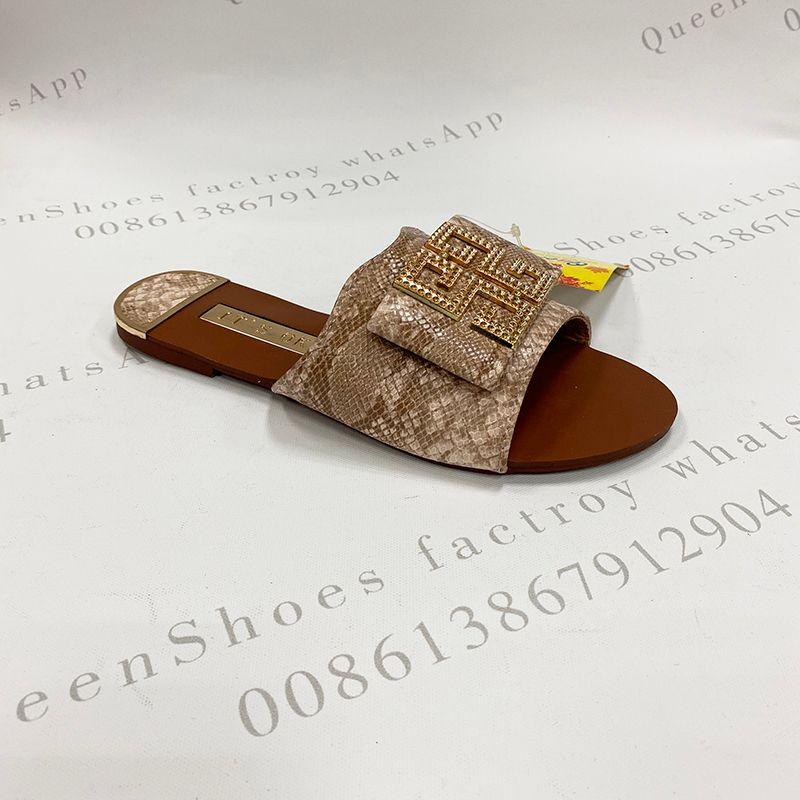 夏季时尚外贸出口女士凉拖鞋仿蛇纹面料金属方扣平底拖现货stock