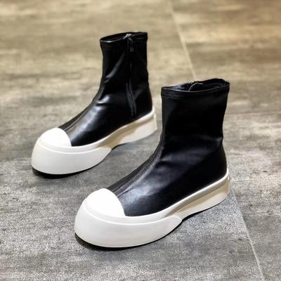 女靴时尚大方时尚