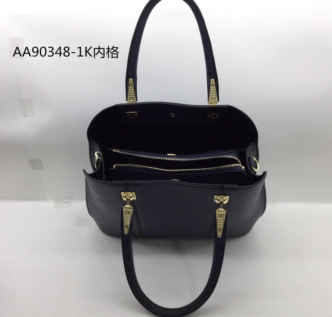 边圆新款女士手提包,可以背时尚洋气,材质:进口头层牛皮,规格:290*125*235CM带图细节