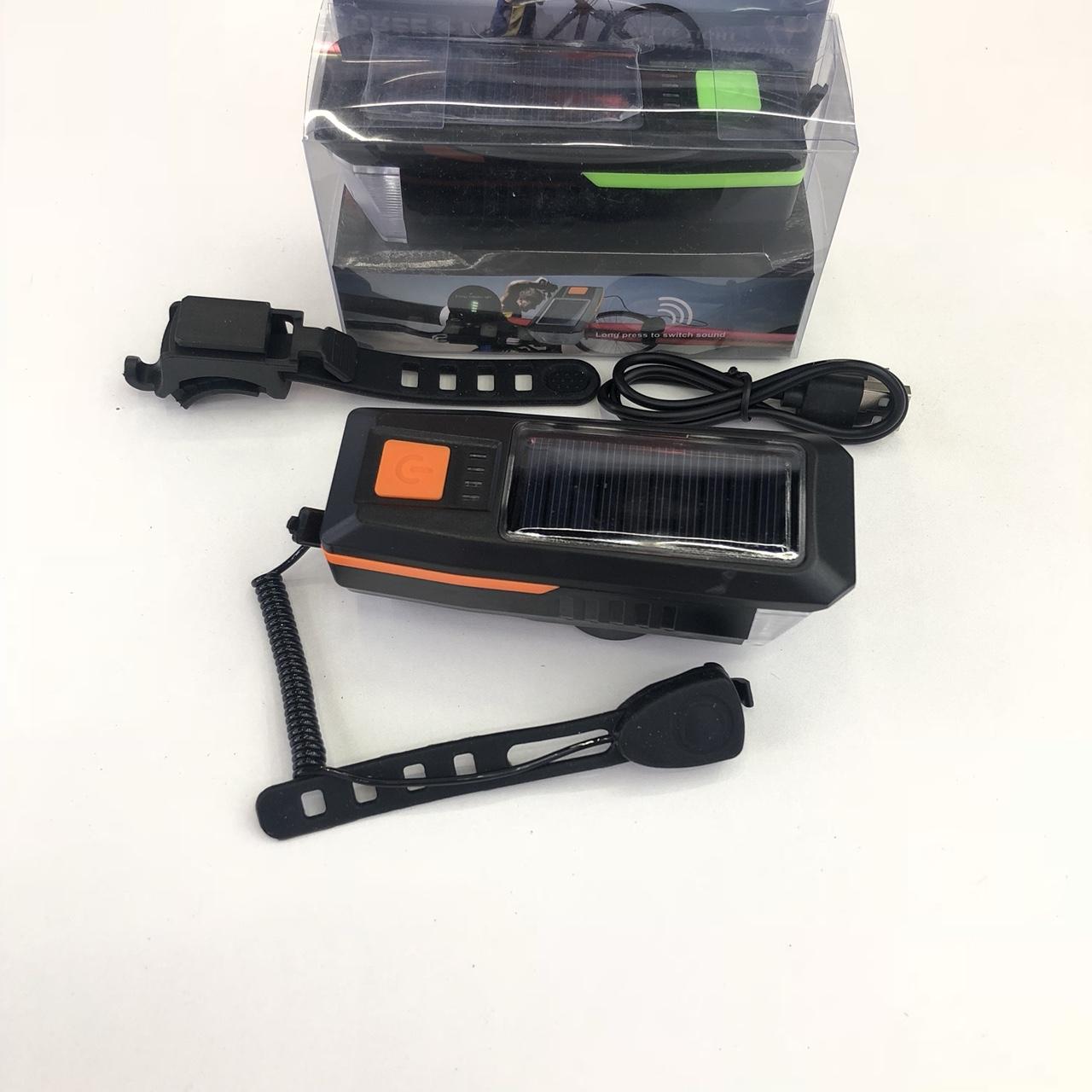 17新款太阳能款自行车灯 新款USB充电自行车夜行灯远近车灯骑行装备