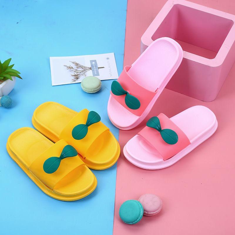 儿童拖鞋可爱男女同款