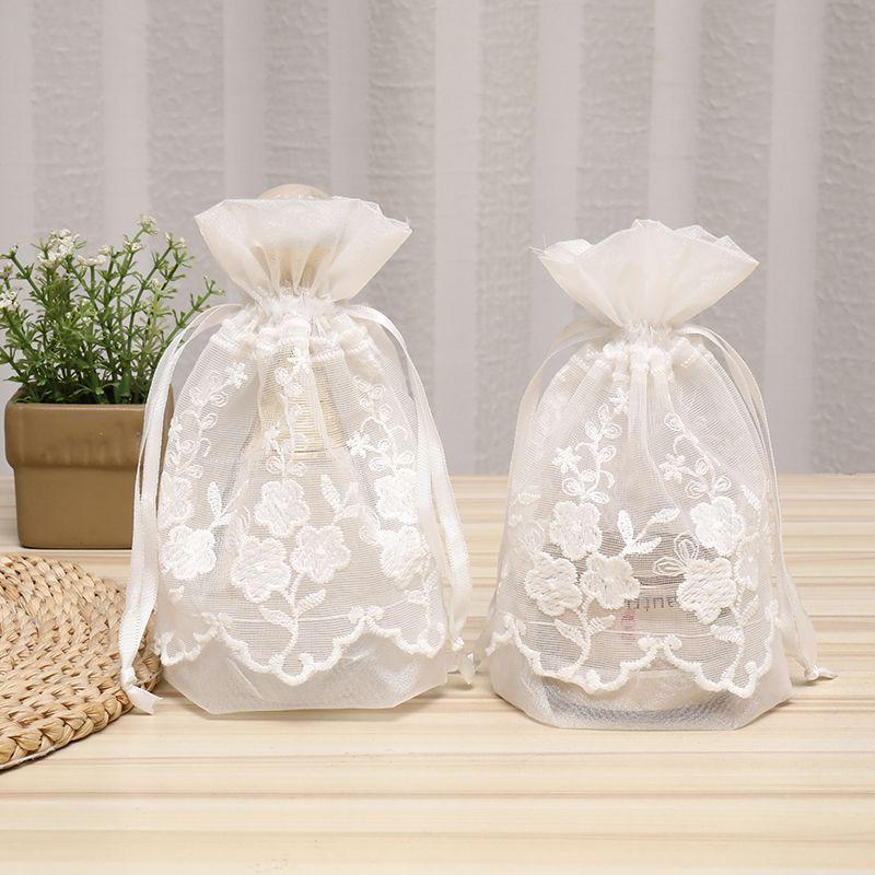 厂家直销现货创意款蕾丝花边袋饰品包装袋礼品包装袋化妆品包装袋