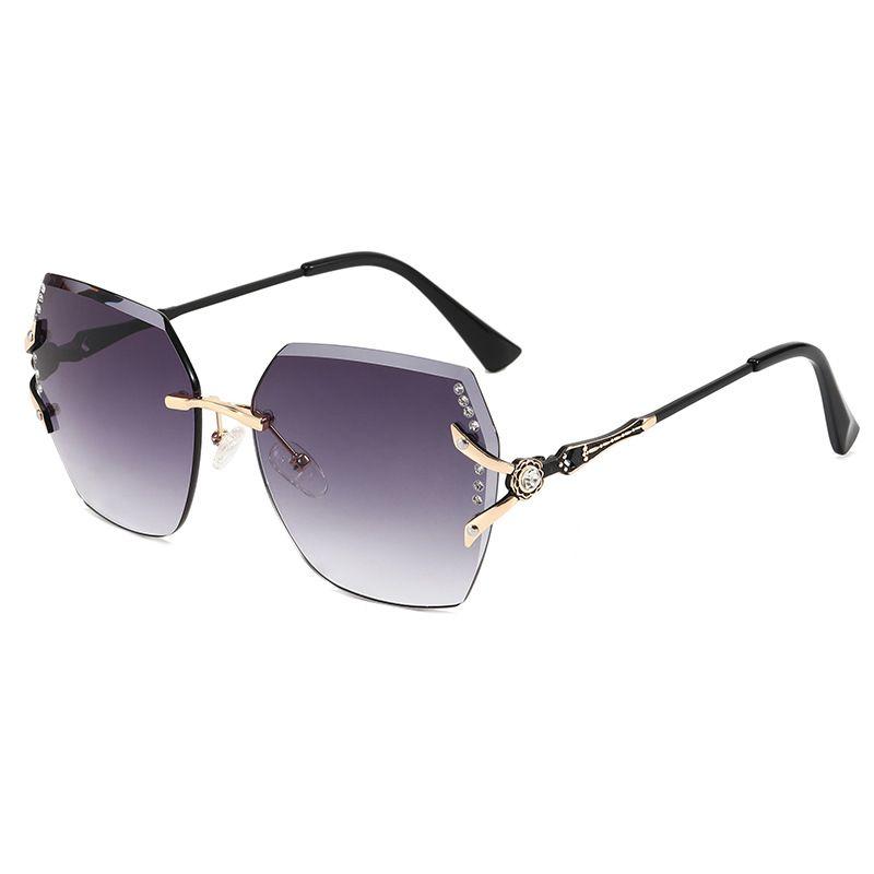 新款无框切边时尚太阳镜金属花朵镶钻墨镜炫彩烤漆女欧美眼镜L970