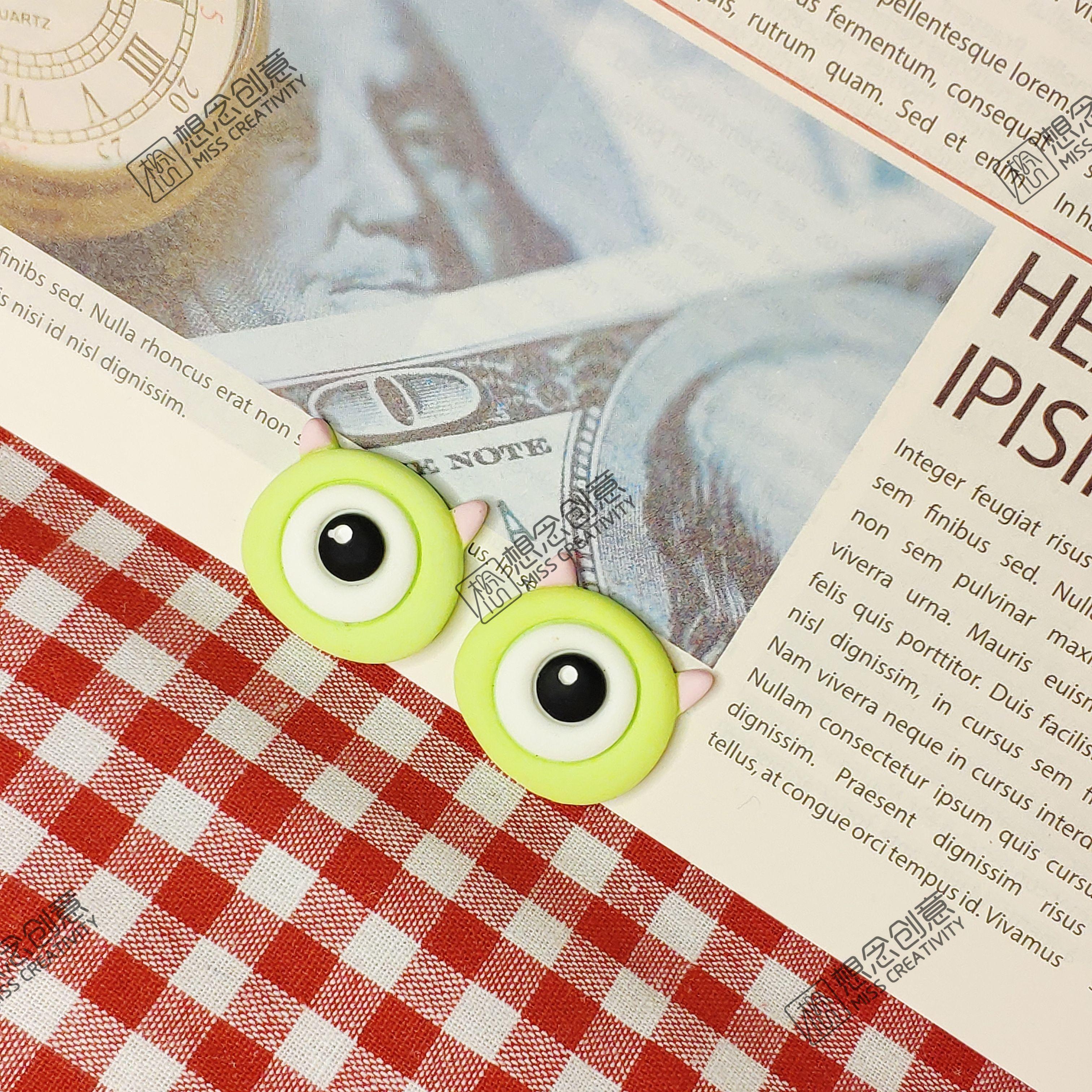 卡通眼睛DIY树脂贴片,可用做鞋花,手机壳配件,纽扣,帽子,服装辅料,文具贴片,发饰,耳饰,项链,手链,戒指等饰品配件