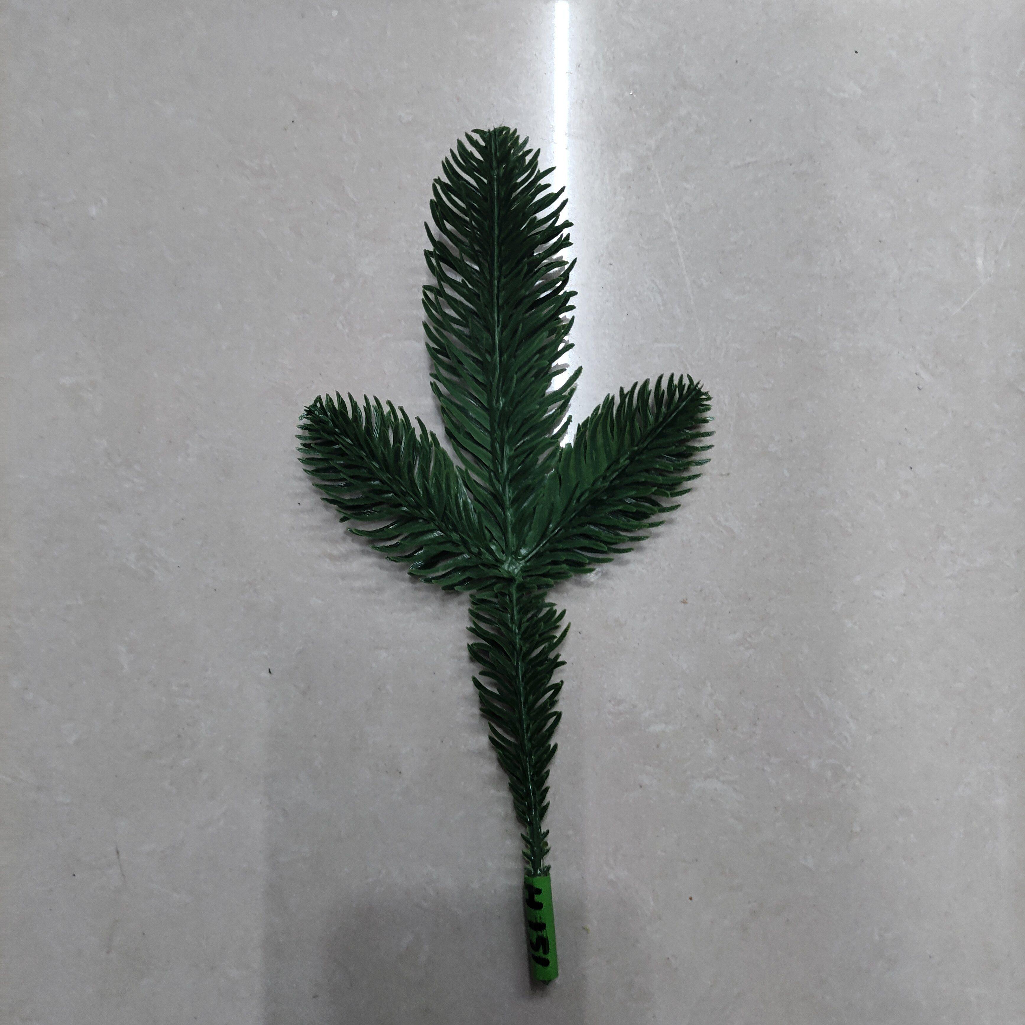 陶洪圣诞半边3叉圣诞树花环PE松针H151