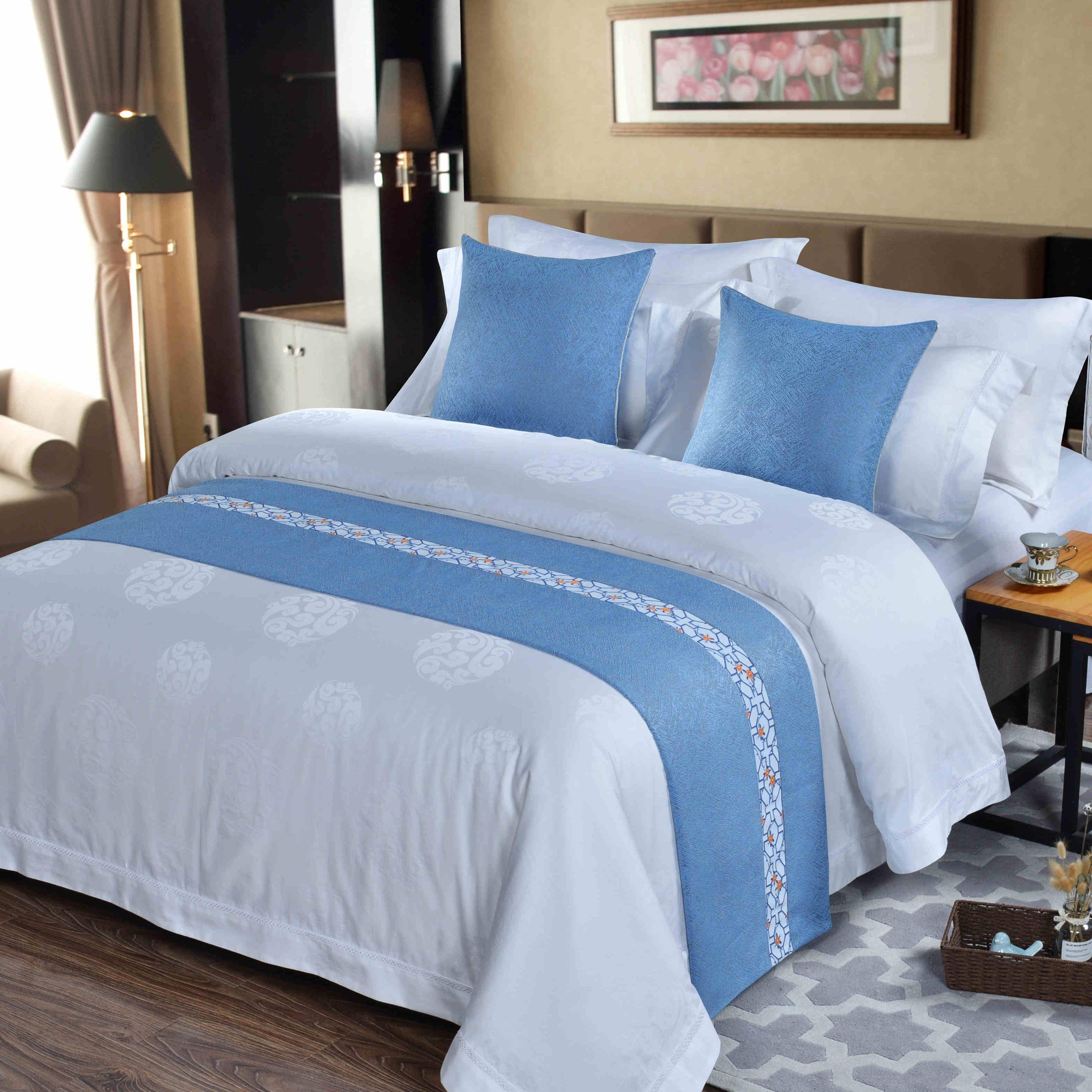 酒店 宾馆 民宿 床尾巾 酒店布草床上用品定制抱枕床尾巾床旗床盖 批发