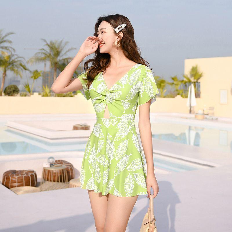 泳衣女士保守裙式连体平角温泉泳装