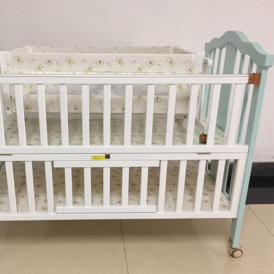 TM707婴儿床